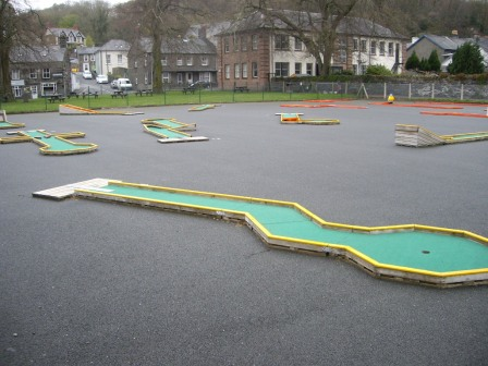 The World's Worst Crazy Golf Course © Antony N Britt