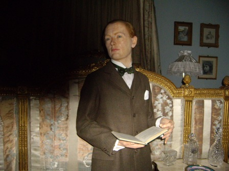 Sept 15 - Winston Churchill at Warwick Castle © Antony N Britt