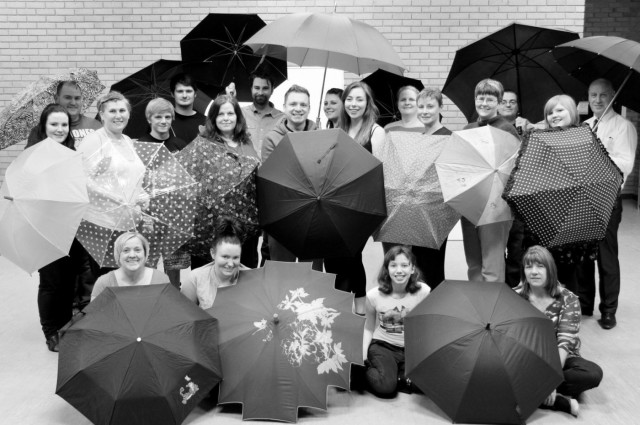 Singin' in the Rain Cast - 2014